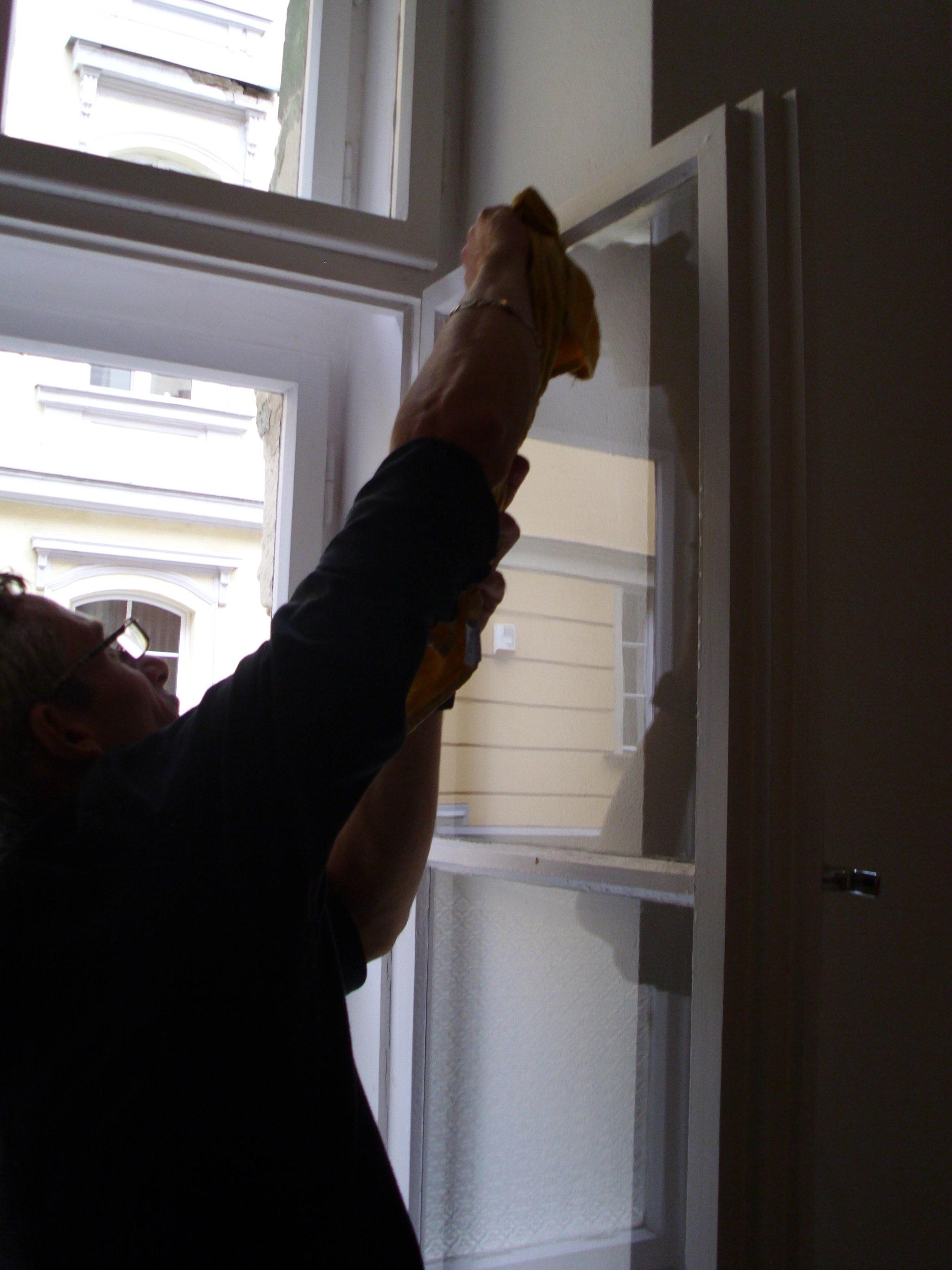 Umývanie okien domu, domácnosti Prievidza